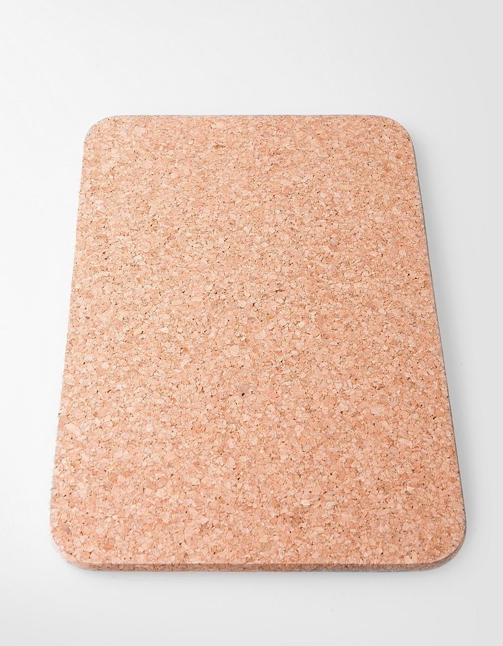 The Essential Ingredient Rectangular Cork Mat 20cm x 30cm x 1cm