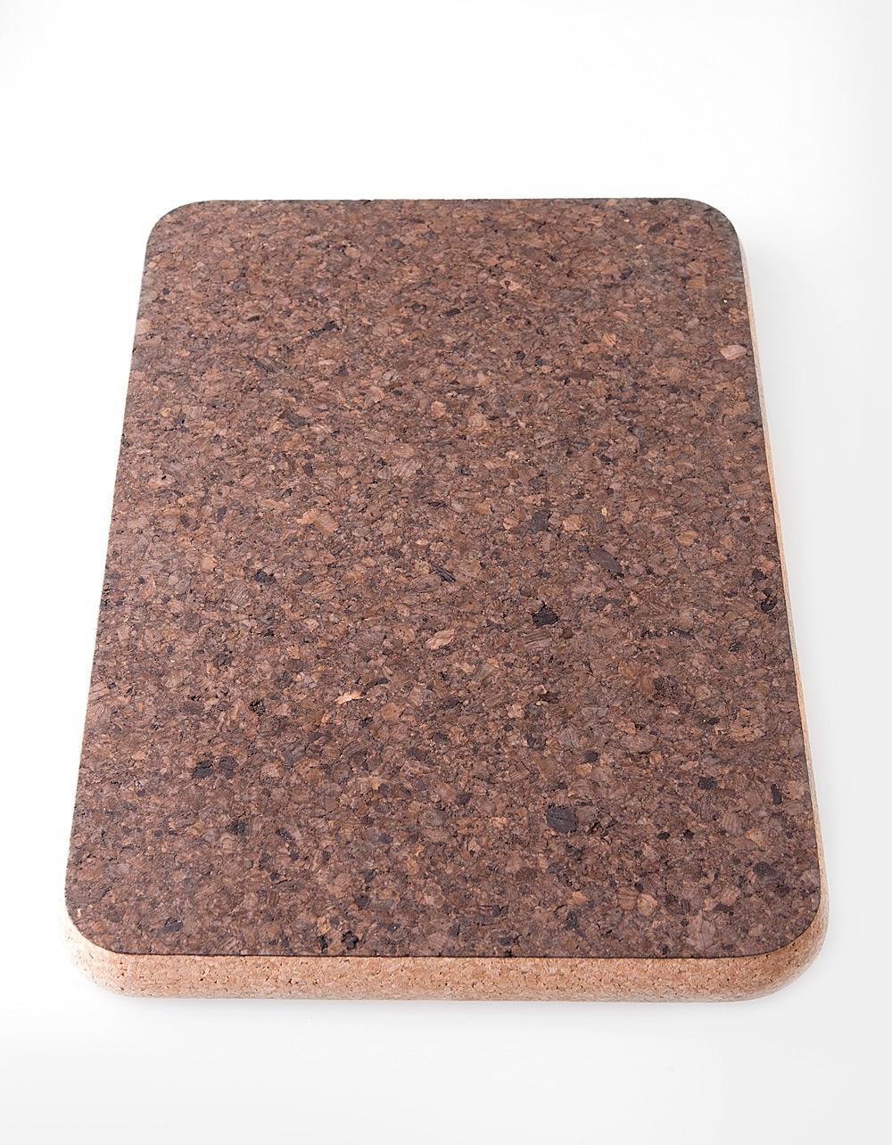 The Essential Ingredient Rectangular Cork Mat 'Burnt' 20cm x 30cm x 2cm