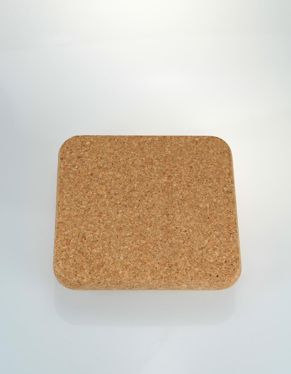 The Essential Ingredient Cork Mat Square 20cm x 20cm x 2cm