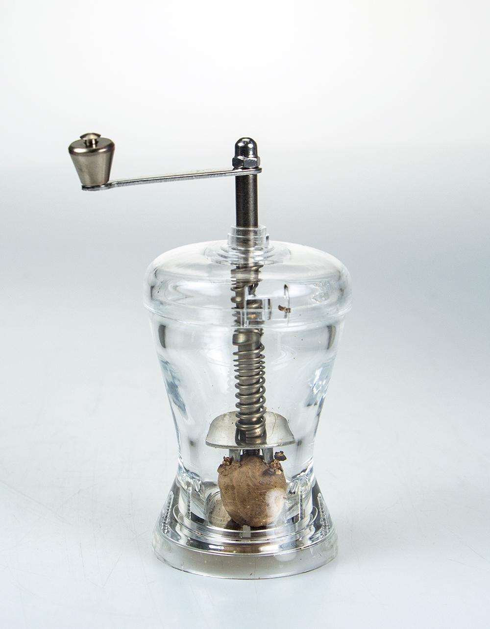 Marlux Nutmeg Mill with Stainless Steel Crank Handle 10cm