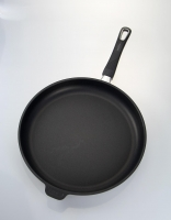 The Essential Ingredient Non-Stick Frypan Removable Handle 32cm