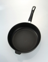 The Essential Ingredient Non-Stick Deep Induction Frypan Removable Handle 28cm
