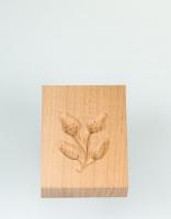 The Essential Ingredient Pear Wood Shortbread Mould - Acorn Design 6cm x 8cm